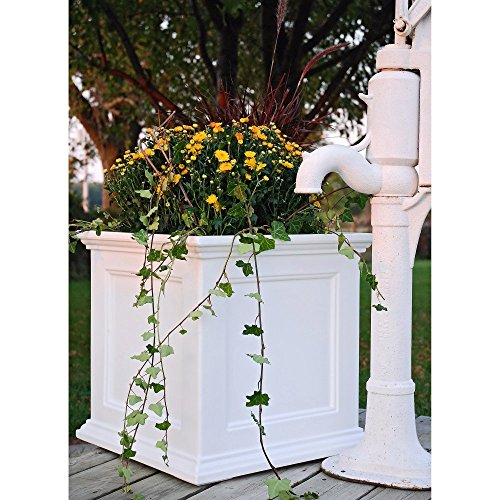 Mayne-Square-Polyethylene-Fairfield-Patio-Planter-0