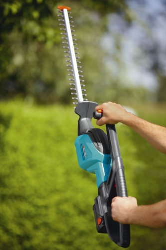 Gardena-8878-U-18-Volt-Lithium-Ion-Cordless-Hedge-Trimmer-0-2