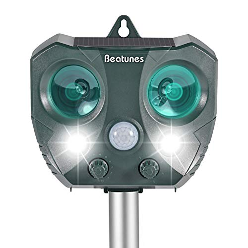 Beatunes-2018-New-Solar-Powered-Ultrasonic-Animal-and-Pest-Repeller-Motion-Activated-Outdoor-Waterproof-Repellent-for-Dog-Cat-Bird-Squirrel-Rat-Vole-Raccoon-Fox-Rodent-etc-0