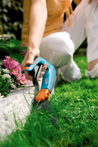 Gardena-8735-Comfort-27-Inch-Swiveling-Grass-Shears-With-Ergonomic-Handle-0-2